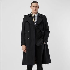 Burberry Limited Edition Trench Coat Black 40R